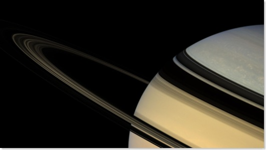 Saturn-Fly-1