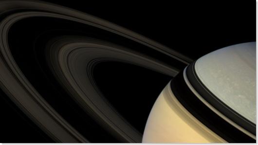 Saturn-Fly-2